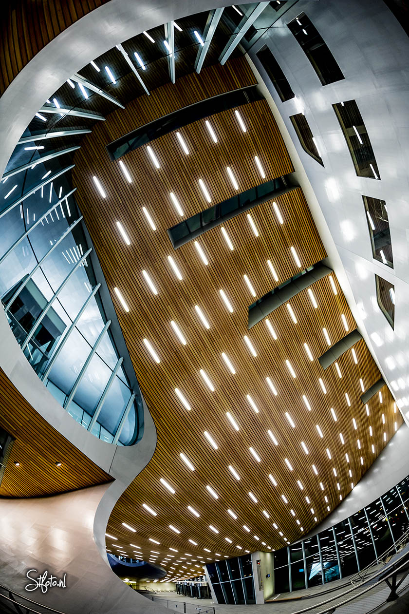 Arnhem Centraal Station, NS, Canon EOS 5DSr Sigma 15mm fisheye lens